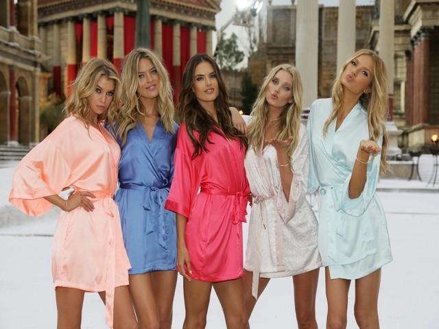 Victoria's Secret... SEKSİ MELEKLER, YAZ GÜNÜ CİNECİTTA'YA KAR galerisi resim 1