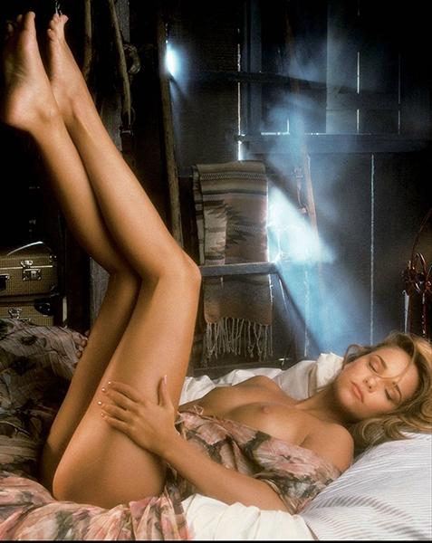 Playboy'dan bacak şov !... galerisi resim 6