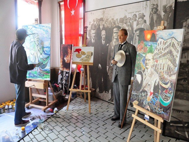 Şapka İnkılabı'nın 90. Yıldönümü... İNEBOLU'DA COŞKU DOLU BİR  galerisi resim 2
