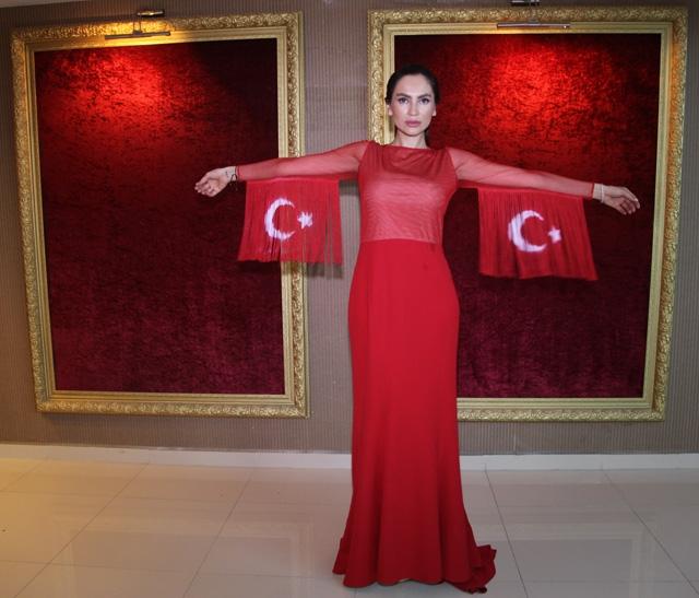 BARIŞ MELEKLERİ PODYUMA ÇIKTI! galerisi resim 13