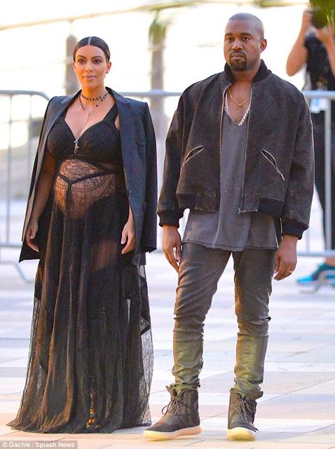 Kim Kardashian... HAMİLE TRANSPARANI! galerisi resim 10