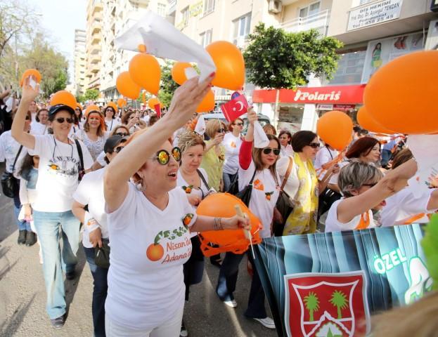 """Ünlüler """"Portakal Çiçeği Karnavalı"""" İçin Adana'ya Akın Etti galerisi resim 18"""