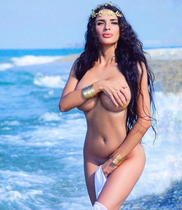 Turkish babes topless