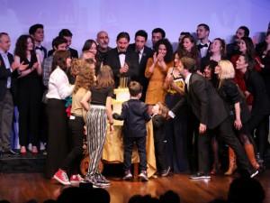 Savaş Dinçel Tiyatro Ödülleri... ÖDÜLLER SAHİPLERİNİ BULDU!..