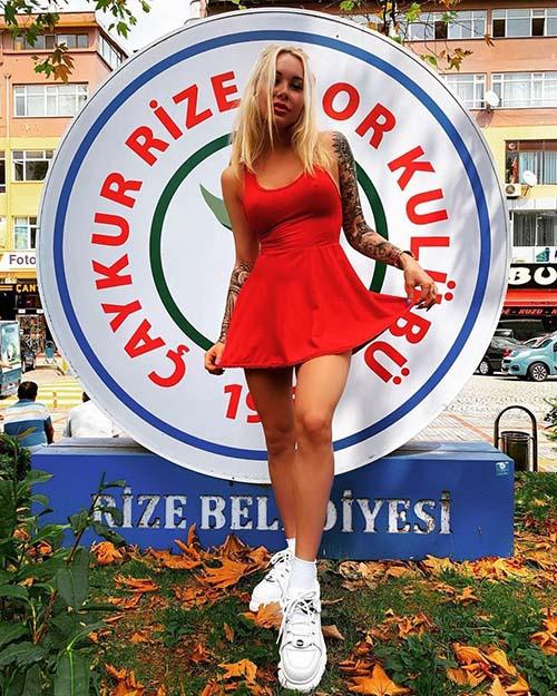 Irina Moroziuk... 'RİZE'NİN YENGESİ' YÜREK HOPLATIYOR! galerisi resim 1