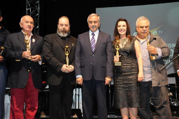 Kıbrıs Genç TV... 18. KURULUŞ YILDÖNÜMÜNE YAKIŞAN ŞAŞALI BİR ÖDÜL TÖRENİ galerisi resim 11