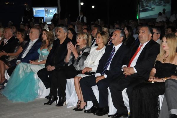Kıbrıs Genç TV... 18. KURULUŞ YILDÖNÜMÜNE YAKIŞAN ŞAŞALI BİR ÖDÜL TÖRENİ galerisi resim 3