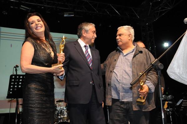 Kıbrıs Genç TV... 18. KURULUŞ YILDÖNÜMÜNE YAKIŞAN ŞAŞALI BİR ÖDÜL TÖRENİ galerisi resim 6