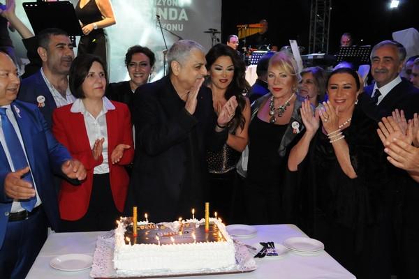 Kıbrıs Genç TV... 18. KURULUŞ YILDÖNÜMÜNE YAKIŞAN ŞAŞALI BİR ÖDÜL TÖRENİ galerisi resim 8