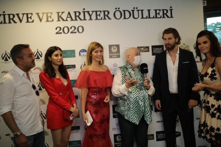 Altın Zirve ve Kariyer Ödülleri ... PANDEMİ SONRASI İLK ÖDÜL TÖRENİ galerisi resim 1