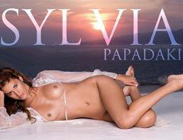 Sylvia Papadaki...YUNAN MANKEN PLAYBOY'DA!....