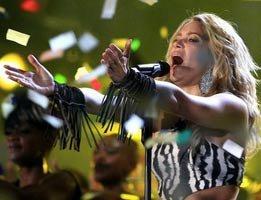 Dünya Kupası.../Shakira...AFRİKA'DA FUTBOLA MERHABA !...