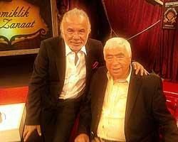 """Tekin Akmansoy... """"ŞAHAN MİLLETİ APTAL YERİNE KOYUYOR!"""""""