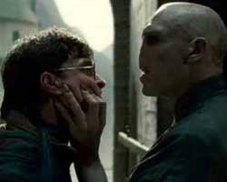 """Harry Potter""... SERİNİN SON FİLMİ; ""ÖLÜM YADİGARLARI"" YOLA ÇIKTI!"