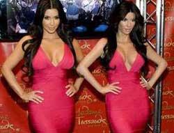 Kim Kardashian... EN SEKSİ MUMYA!