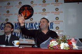 ÖZEL HABER/Şafak Sezer... HUKUKÇULARIN ELİNE DÜŞTÜ !...