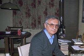 Yeşilçam'ın efsane yönetmenlerinden biriydi... ORHAN AKSOY'U KAYBETTİK...