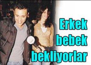 Mustafa-Emina Sandal... BEBEKLERİ 4 AYLIK...