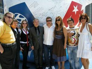 "EURO 2008 ""İYİ DİLEK TOPU"" `NA SANAT DÜNYASI İMZA ATTI!.."