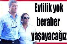 """Hülya Avşar? ANNESİNİ YALANLADI; """"EVLENMİYORUZ""""!.."""