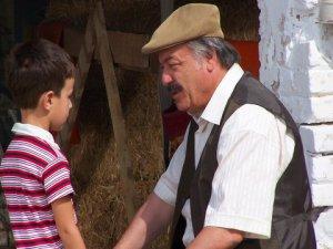 `Babam Ve Oğlum`... ÇAĞAN IRMAK`IN FENOMEN FİLMİ, TV EKRANLARINDA !..