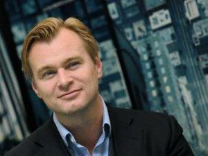 """Bilimkurgu yönetmeni Christopher Nolan`dan şaşırtan açıklama... """"CEP TELEFONU VE E-POSTA KULLANMIYORUM"""" !.."""
