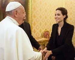 Angelina Jolie... VATİKAN`A ANLAMLI ZİYARET!