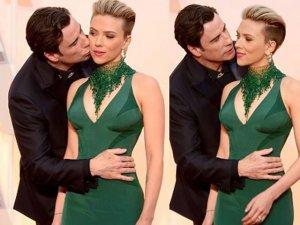 Scarlett Johansson... KIRMIZI HALIDA ÖPÜCÜK ŞOKU!