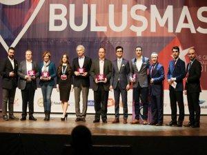`Türkiye Gençlik Ödülleri`...SAHİPLERİNİ BULDU !..