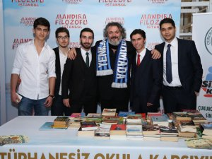 Mandıra Filozofu... İSTANBUL`DA KİTAPLI GALA!