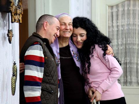 'Kocamın Ailesi'...ÇEMBER DARALIYOR!
