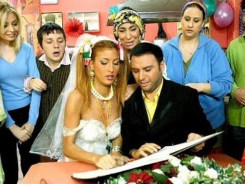 Melek Baykal... YILLAR SONRA GELEN ÇAĞLA ŞİKEL, ALİŞAN İTİRAFI !..