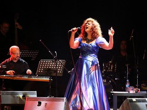 Lena Chamamyan... HARBİYE'DE ETNİK CAZ ŞÖLENİ !..