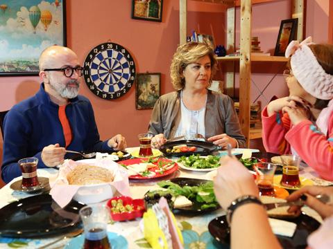 Kocamın Ailesi... SEFER İSTANBUL'DA MI?