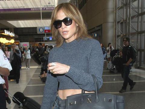 Jennifer Lopez... SAÇLARINI KESTİRDİ!