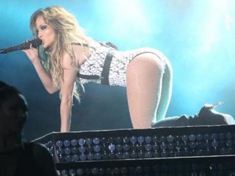 Jennifer Lopez... FAS'TA BU POZLAR ORTALIĞI KARIŞTIRDI!