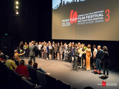 """3. Kırmızı Lale Film Festivali... ÖDÜLLERİ """"KAR KORSANLARI"""" VE """"SİVAS"""" FİLMLERİ TOPLADI !.."""