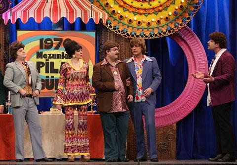 Güldür Güldür Show... KOMİSER ŞEVKET PİLAV GÜNÜNDE!