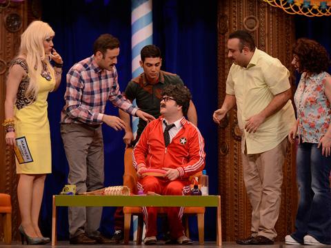 Güldür Güldür Show... EŞOFMANLI HOCA KARİYER PLANLARDA!