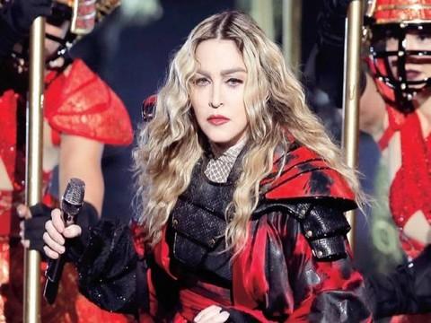 Madonna... 'SİYASİ EMELLERE ALET OLAMAM!'