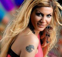 Popstar Mehtap... KRİZ ONU TEĞET GEÇTİ!