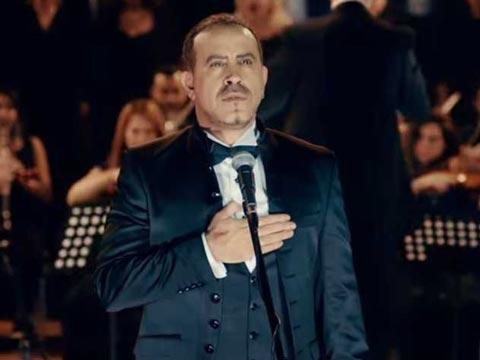 """Haluk Levent… """"İZMİR MARŞI""""NIN KAYMAĞI; 10 İLDE KONSER!.."""