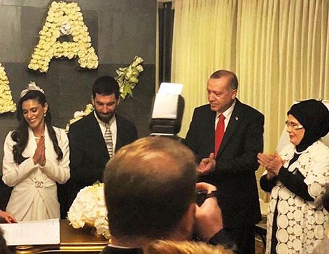 Arda Turan - Aslıhan Doğan... ONLAR ERDİ MURADINA!....
