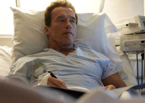 Arnold Schwarzenegger... DURUMU CİDDİYETİNİ KORUYOR