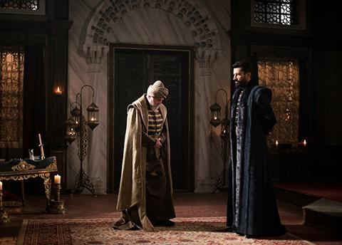Mehmed Bir Cihan Fatihi... KONSTANTİN İLE MEHMED KARŞI KARŞIYA!