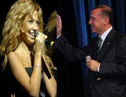 Başbakan Erdoğan - Hadise... BAŞBAKAN HADİSE'YE ANCHORMANLİK YAPTI..