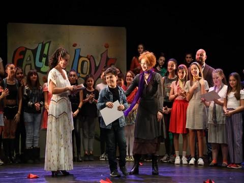 İBB Şehir Tiyatroları...ÇOCUK EĞİTİM BİRİMİNDEN MEZUNİYET OYUNU!..