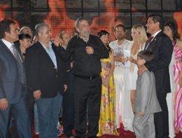 Kemer 6. Altın Nar Festivali... BU FESTİVALDE SANATÇILAR EVSAHİBİ!..
