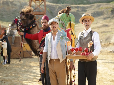 "Turkish'i Dondurma... BAŞROLLERİN SESİNDEN ""DONDURMAM BUZ GİBİ BUZ""!.."