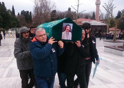 Gazeteci Murat Ataç... SON YOLCULUĞUNA UĞURLANDI!